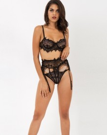 Lingerie sexy in pizzo nero