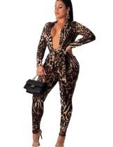 Conjunto formal de chaqueta y pantalón de leopardo