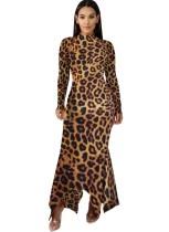 Vestido largo irregular con estampado de leopardo y manga completa