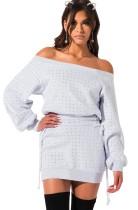 Мини-платье из бисера с открытыми плечами