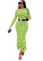 Vestido de fiesta de sirena largo a lunares con mangas completas