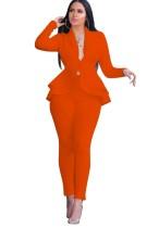 Blazer y pantalones de color liso de peplum