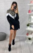 Robe à capuche fendue à manches longues et imprimé léopard