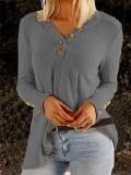 Camisa suelta de manga larga con cuello en V en blanco