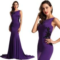 Вечернее платье без рукавов с блестками