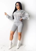 Conjunto de bermuda e blusa de manga longa com borlas