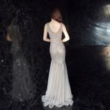 Pailletten mit V-Ausschnitt ärmelloses Meerjungfrau Abendkleid