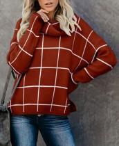 Top de suéter con cuello alto y abertura a cuadros