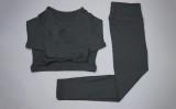 Durchsichtiges, langärmliges Keyhole Yoga Shirt und Leggingset