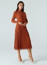 Zarif Düz Renk Uzun Pileli Örgü Elbise