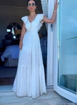 Vestido formal largo con volantes y cuello en V blanco