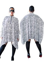 Camisa suelta irregular de manga larga con estampado de leopardo