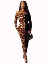 Vestido a media pierna de manga larga con estampado de leopardo