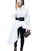 Witte onregelmatige blouse met lange mouwen