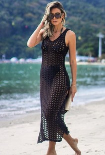 Vestido de praia de fenda sem mangas de crochê preto