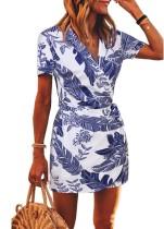 Mini vestido cruzado con cuello en V estampado