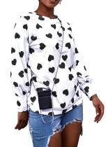 Coração impressão branco e preto em torno do pescoço camisa de suor