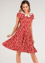 Vestido vermelho com decote em v vintage