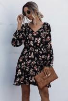Vestido Estampa Floral com Decote em V e Mangas