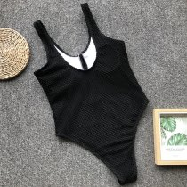 One-Piece Sleeveless Bottoned Swimwear