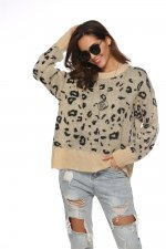 Loose-Fitted Print Leopard O-Neck Sweater
