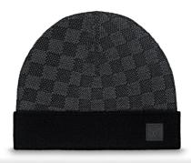 LV  hat