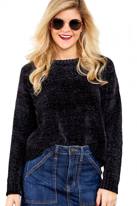 Black Round Neck Velvet Cropped Sweater