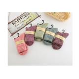 Women's Vintage Style Wool Socks Winter Thick Solid Color Knee-High Hosiery(5 pairs of socks )