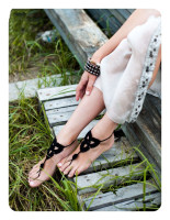 Black Triangle Floral Crochet Barefoot Sandals L98001-1