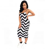 Black and White Wavy Striped Straps Mid Dress