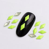 About 270pcs/pack 4x4mm  Rhombus Hot Fix Fluorescent Color Punk Style Rivet