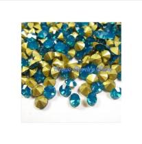 blue opal ブルーオーパル ガラスストーンVカット   チャトン