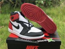 Air Jordan 1 Retro Black Toe