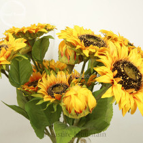 A Bunch of Triple-headed Sunflower Bouquet Artifical Flowers for wedding decoration home