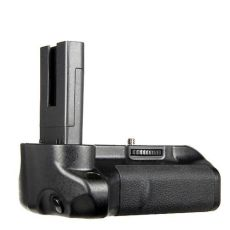 Commlite ComPak CP-D5000 Battery Grip / Vertical Grip / Battery Pack for Nikon D5000