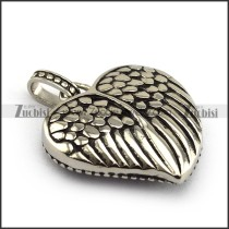solid heart shaped wing pendant p004396