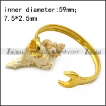 yellow gold plated stainless steel casting spanner bangle b007006