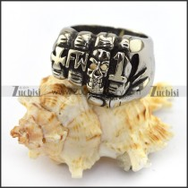 Big Casting Skull Fist Ring r003700