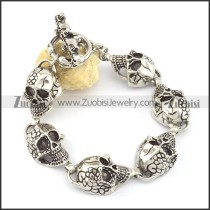 6 rent skull bracelet in 24cm length b002048