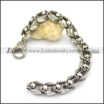 15 skulls bracelet with big lobster clasp in rough cover b002563