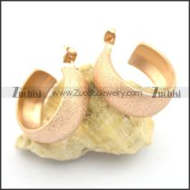 rose gold earrings crafted sand blasting e000907