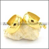 shiny gold smooth stainless steel earring e000788