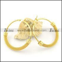 6mm wide gold clip on earrings e000873