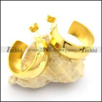 yellow gold earrings in wide of 9mm e000909