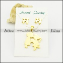 gold tone boy and girl pendant and earring set s000929