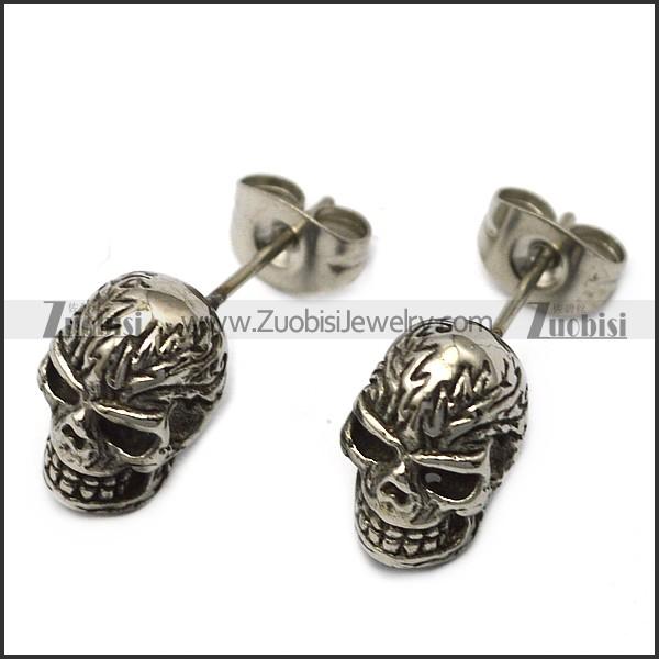 wild stainless steel skull earrings