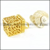 Small Box Pendant in Gold Stainless Steel - p000090