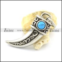 turquoise stone wolf tooth pendant p001355