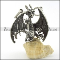 great wing dragon pendant p001283