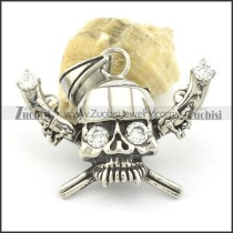 two-gun clear zircon skull pendants p001518